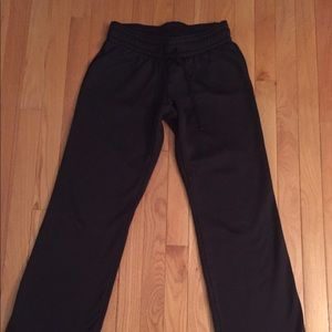 Black Under armor sweatpants